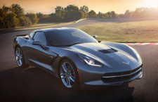 2014 Chevrolet Corvette Stingray / (c) GM